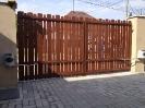 2013.8 Drevena brána